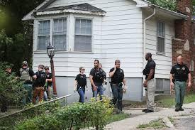 police believe suspects in illinois cop u0027s killing are familiar
