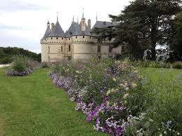 the wonderful gardens of château de chaumont aussie in france