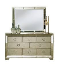 pulaski furniture farrah bedroom set pulaski furniture farrah dresser with mirror 1 480 00