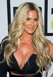 real housewives of atlanta hairstyles real housewives of atlanta star kim zolciak is unrecognizable in