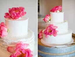 peony wedding cake possibly change the flowers to english tea