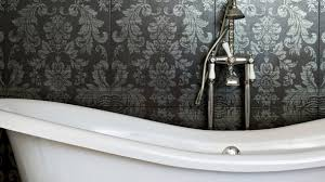 tapeten badezimmer neuer look tapete für das badezimmer