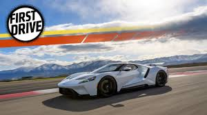 2000 Ford Gt The 2017 Ford Gt Makes Most Supercars Look Soft