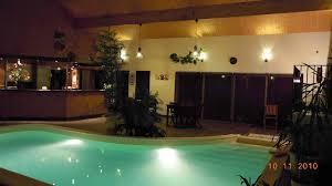 chambre d hote avec piscine int駻ieure chambre d hotes à chédigny 37