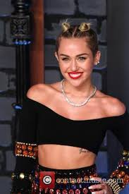 Miley Cyrus Turkey Meme - warning once you see nicolas cage in miley cyrus wrecking ball