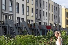 Wie Findet Man Ein Haus Zum Kaufen Empfohlene Höhe Immobilienbesitzer Brauchen Genug Rücklagen