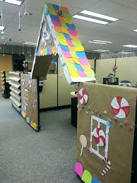 Office Decorating Ideas For Christmas Cubicle Decorations