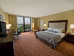 hotel in cherry hill pa crowne plaza philadelphia cherry hill ihg crowneplaza components photogallery roomphotos primary