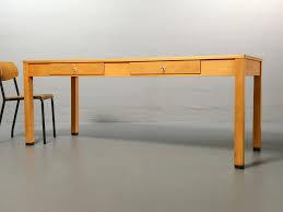 Schreibtisch Holz Mit Schubladen Ferdinand Kramer Für Die Goethe Universität Schreibtisch Mit 2