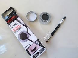 Maybelline Gel Eyeliner Review review maybelline eye studio lasting drama gel eyeliner black
