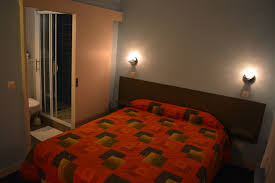 hotel lyon dans la chambre hôtel lyon bron bron accommodation in contact hôtel