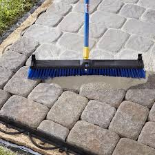 Pavers Installation Guide By Decorative Sweeping Polymeric Sand Into Paver Joints Diy Pinterest