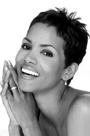 hair styles actresses from hot in cleveland actress halle berry born maria halle berry 14 august 1966