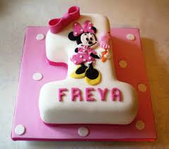 birthday cakes images sweet minnie mouse 1st birthday cake easy