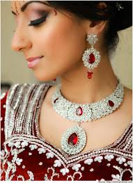wedding necklace bridal images Exquisite wedding jewellery for the gorgeous bride bridal jewellery jpg