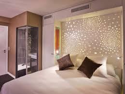 chambre tete de lit un hôtel céleste pour dormir comme un ange céleste pour dormir et