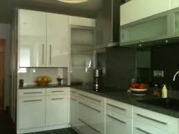 meuble de cuisine en verre habillage de la chaudiere et meuble rideau en verre refection