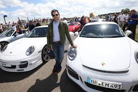 butzi porsche porsche stops sales of new 911 gt3 after two cars burst into