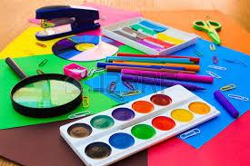 papeterie de bureau objets de papeterie bureau et des fournitures scolaires sur la