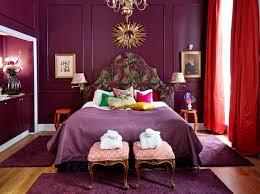 chambre aubergine 1001 idées comment combiner la couleur aubergine bedrooms