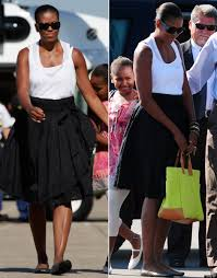 michelle obama leaves martha u0027s vineyard with favorite vacation bag