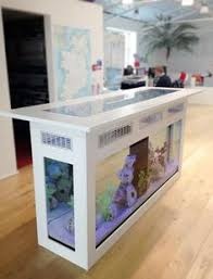 Fish Tank Reception Desk Home Staging Tips For Room With Aquarium Aquariums Fish Tanks
