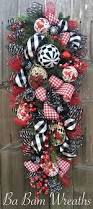 Red And White Christmas Decorations Uk the 25 best christmas swags ideas on pinterest christmas