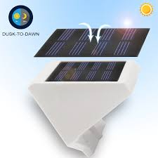 solar powered dusk to dawn light 4 pack solar powered outdoor led step light torchstar