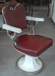 didoulabrocante fr ancien fauteuil de barbier coiffeur cuir