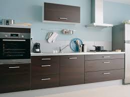 couleur cuisine moderne cuisine moderne en bois photo 1 10 mur de couleur bleu et
