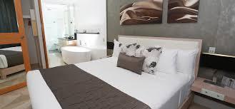 two bedroom suite oceans mooloolaba resort
