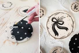 these are a m a z i n g diy clay ornaments would be lovely for