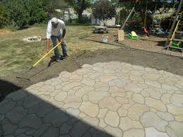 Backyard Pavers Diy How To Make A Stone Patio With Concrete Home Outdoor Decoration