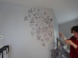 pochoir mural chambre pochoir pour mur de chambre beautiful pochoir mural fashion designs