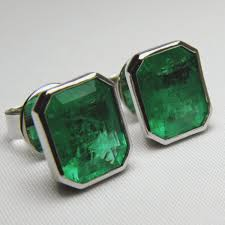 emerald stud earrings high quality emerald studs earrings 18k white