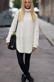 White Christmas Outfit Ideas by 15 Cozy Outfit Ideas To Wear At Your Christmas Gatherings