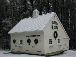 Barn Style Garage Best 25 Small Barns Ideas On Pinterest Horse Barns Horse Farm
