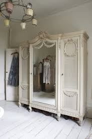 White Armoire 326 Best Armoire Amour Images On Pinterest Painted Furniture