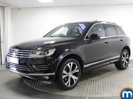 volkswagen touareg 2017 black used volkswagen touareg r line for sale motors co uk