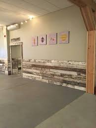 Inexpensive Wainscoting Best 25 Rustic Wainscoting Ideas On Pinterest Rustic Walls Mud