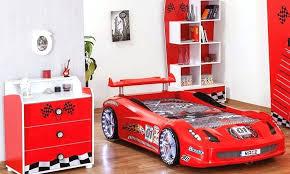chambre voiture garcon lit voiture garcon chambre enfant garaon complate 4 piaces avec