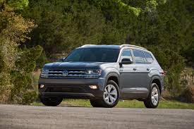 volkswagen atlas 2017 2018 chevrolet traverse vs volkswagen atlas which family hauler