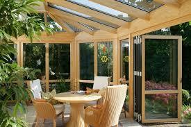 chiudere veranda a vetri verande esterne come realizzare una veranda normative e permessi