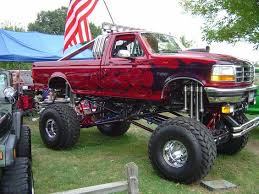pics of lifted ford trucks lifted ford truck wreck picture 18 raised ford truck picture 18