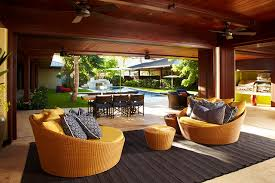 Oahu Beach Front Residence Adaptable Indoor Outdoor Lounge - Outdoor family rooms