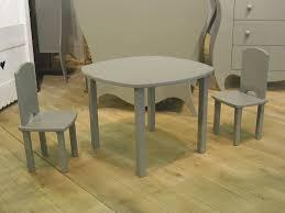 ensemble table et chaises contemporain en bois pour enfant