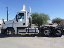 freightliner trucks for sale 2002 freightliner day cab rollback