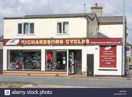 richardsons cycles shop on newmarket road cambridge stock photo