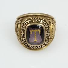 highschool class ring 10kt gold 12 7g milwaukee boys tech high school class ring with