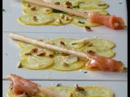 cuisiner courgette jaune carpaccio de courgette jaune gold menthe fraîche et pignons